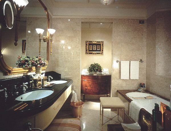 Роскошь и изящность комнат гигиены лучших отелей мира