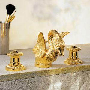 Смеситель для раковины на 3 отв. золото. THG Cygne