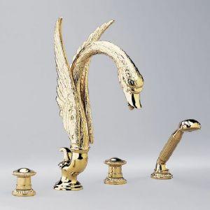 Смеситель на край ванны 4 отв. золото. THG Cygne