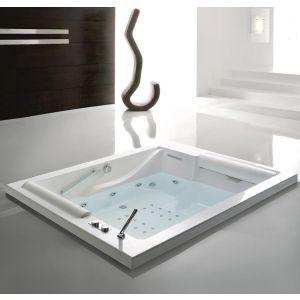 Ванна 190x150 h65 на раме, г/м с цифровой системой и системой дезинфекции STX, в комплекте с белыми подголовниками 2 шт и ручки 2 шт
