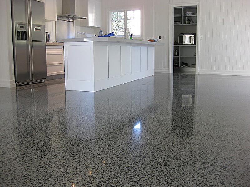 Покрытие для пола на кухню: Бетонный пол для кухни